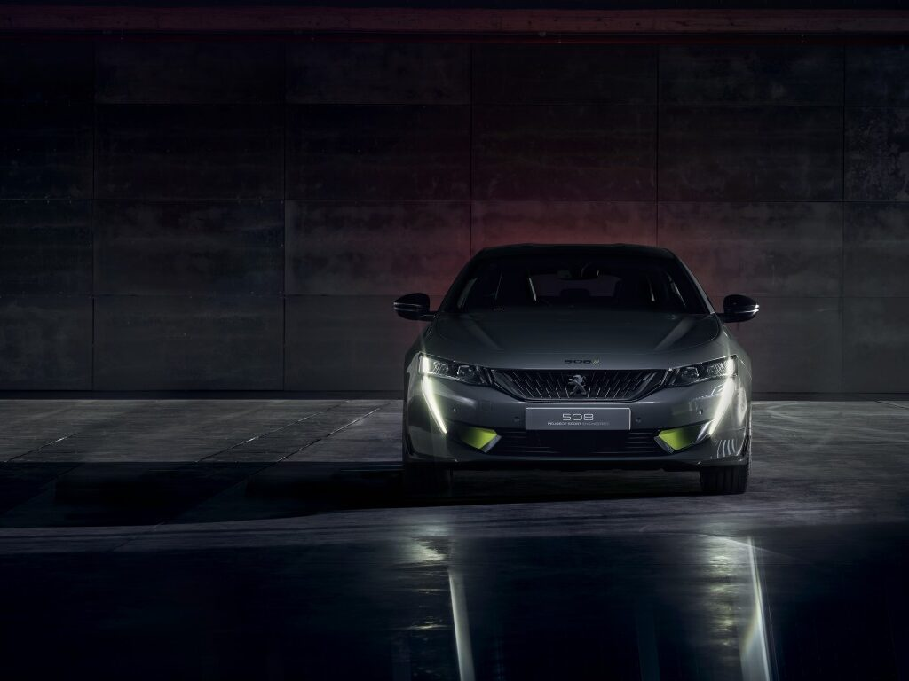 Fast Cars HD Background 17
