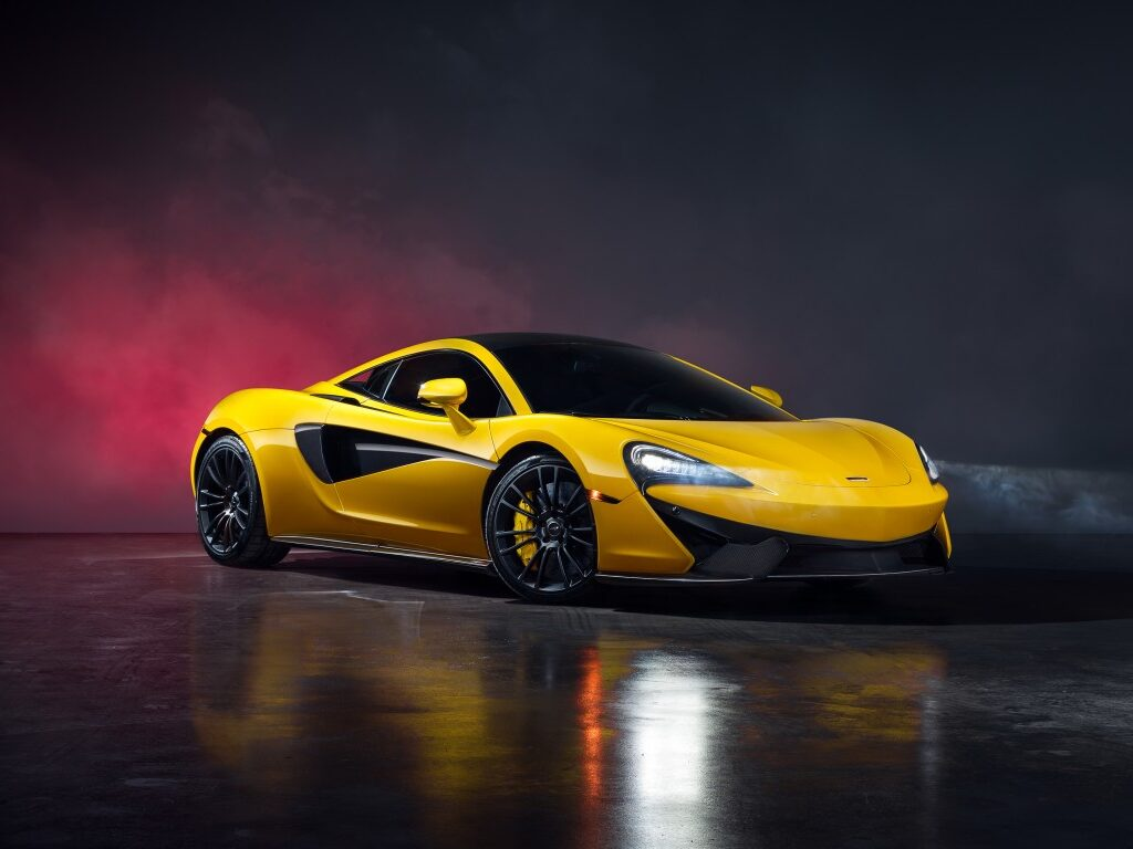 Fast Cars HD Background 18
